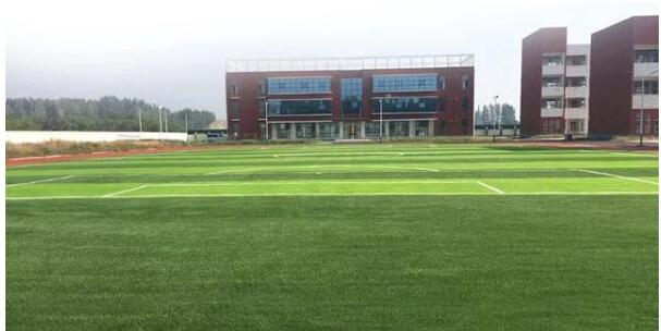 人造草坪如何排水